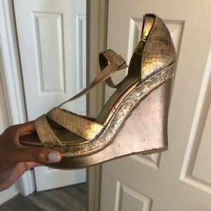 Shoes - Bronze wedge